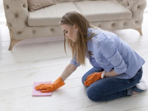 Kdo nám vyčistí podlahy?
